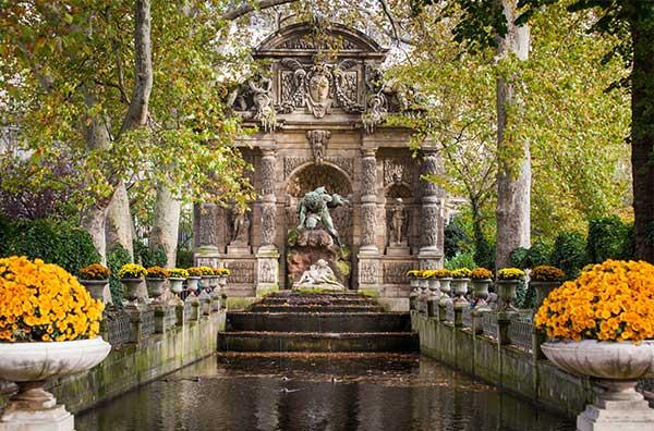 Experiencing the Jardin de Luxembourg in Paris
